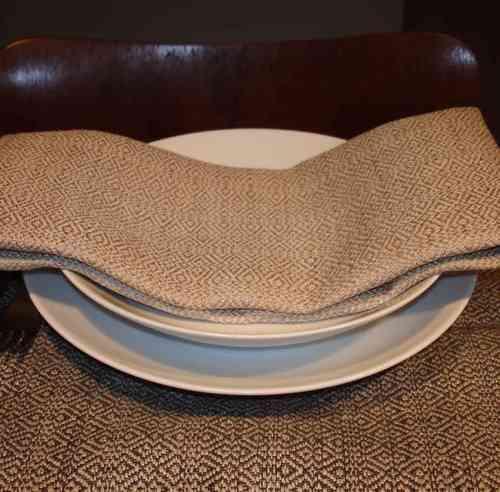 leinen tischw sche handgewebt handgewebtes leinen f r die tafel. Black Bedroom Furniture Sets. Home Design Ideas