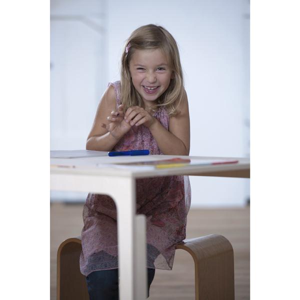 Kinderschreibtisch Höhenverstellbar ~ Kinderschreibtisch höhenverstellbar  DesignKindermöbel aus Holz