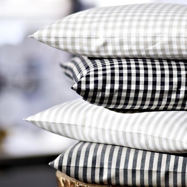 schlitzer leinen bettw sche caro natur schwarz halbleinen. Black Bedroom Furniture Sets. Home Design Ideas