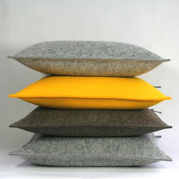 filzkissen couchkissen 40x40 gelb sofakissen filz dorfhaus. Black Bedroom Furniture Sets. Home Design Ideas