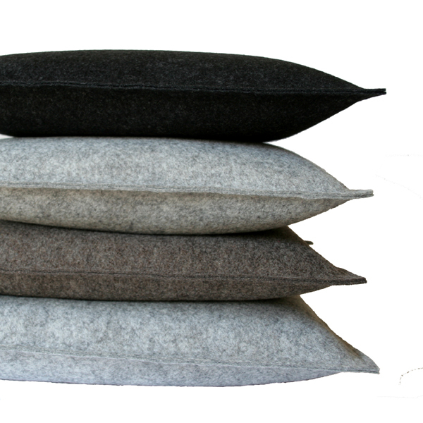 filzkissen couchkissen 40x60 hell grau sofakissen filz dorfhaus. Black Bedroom Furniture Sets. Home Design Ideas