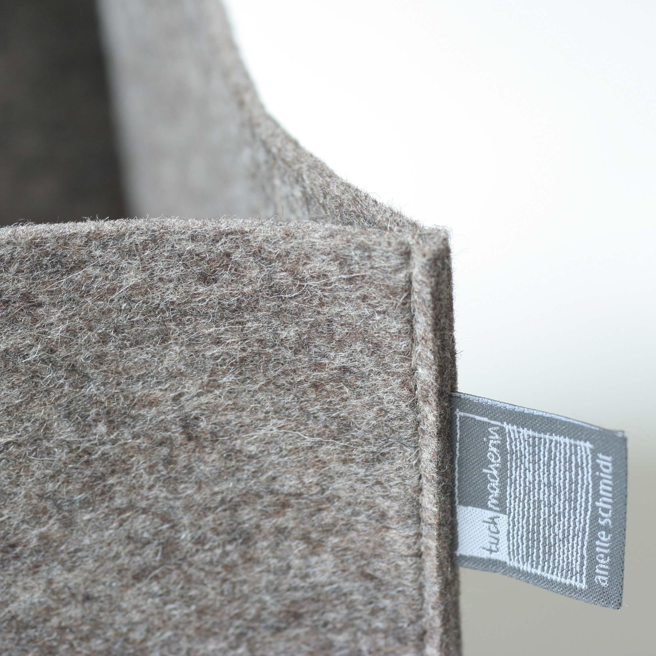 filzkorb grau braun filzk rbe aufbewahrungsk rbe tuchmacherin. Black Bedroom Furniture Sets. Home Design Ideas