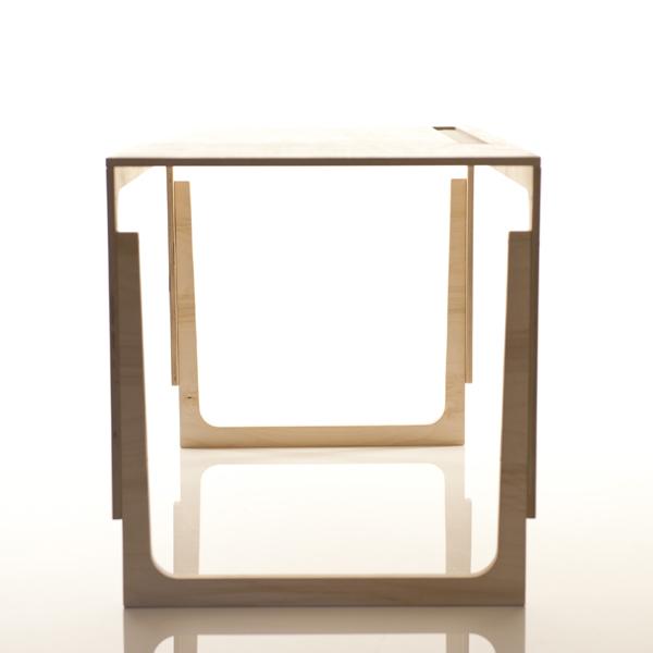 kinderschreibtisch h henverstellbar design kinderm bel. Black Bedroom Furniture Sets. Home Design Ideas